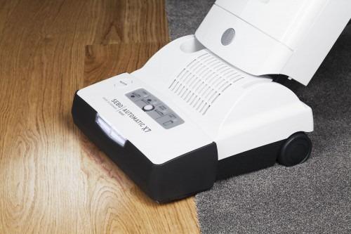 SEBO Automatic X bármilyen felületen használható